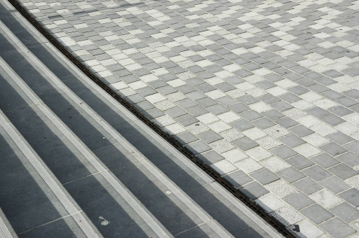 Belgisch Hardsteen Tegels : Belgisch hardsteen voor uw straat